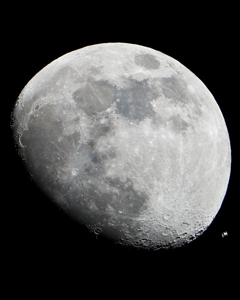 moon light on space station - photo #36